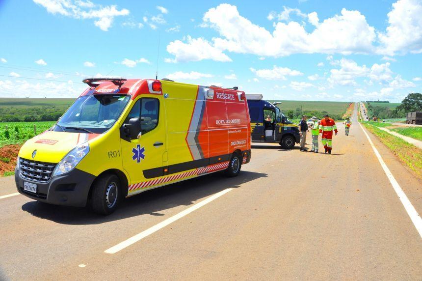 Mulher morre ao bater carro em caminhão tanque carregado com etanol em Mato Grosso - CenárioMT