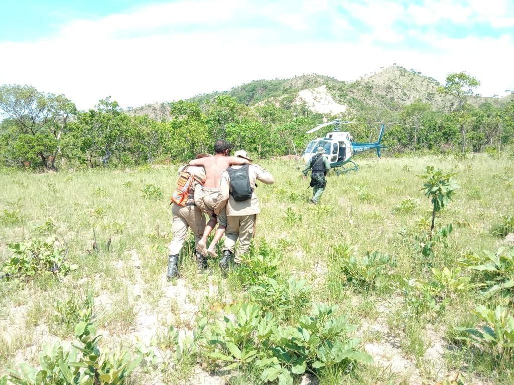 Equipes de segurança resgatam desaparecido em região de mata