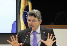 José Medeiros