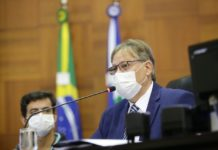 secretário de Estado de Saúde, Gilberto Figueiredo